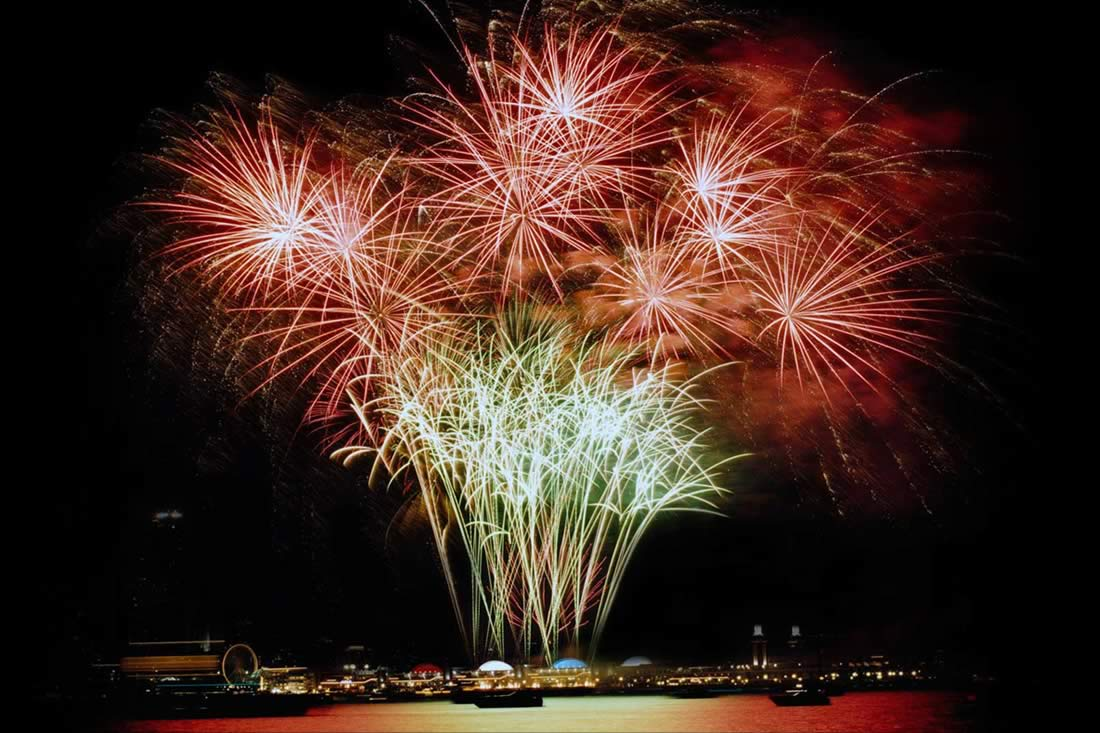 Navy Pier Fireworks Display Company